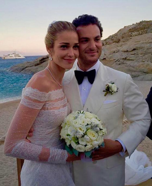 (Photos) At the Greek Island Wedding of Anna Beatriz Barros, One of the World's Top Supermodels