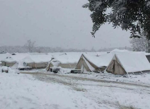 (Photos) Shocking Conditions of Refugee Camps in Greece as Winter Sets In
