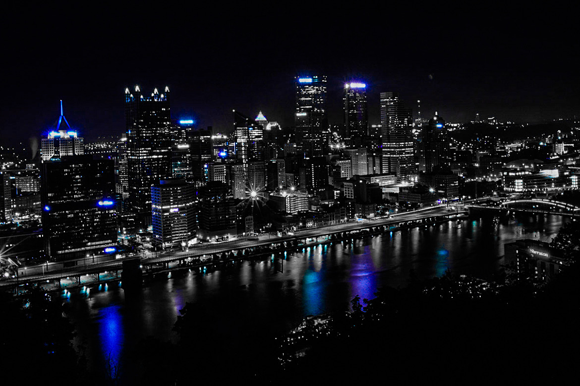 Pittsburgh Skyline Christmas 2021 Famous Pittsburgh Skyline To Shine Blue For Three Nights To Honor Greek Bicentennial The Pappas Post