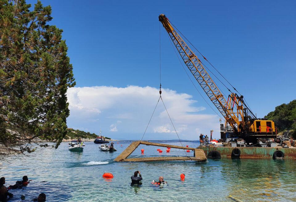 Cleanup Greek island